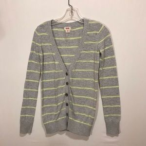 Mossimo sweater.
